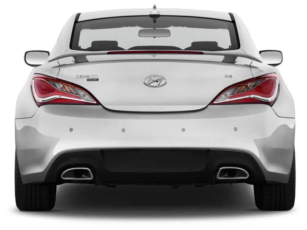 2015 hyundai genesis coupe pictures photos gallery green car reports. Black Bedroom Furniture Sets. Home Design Ideas