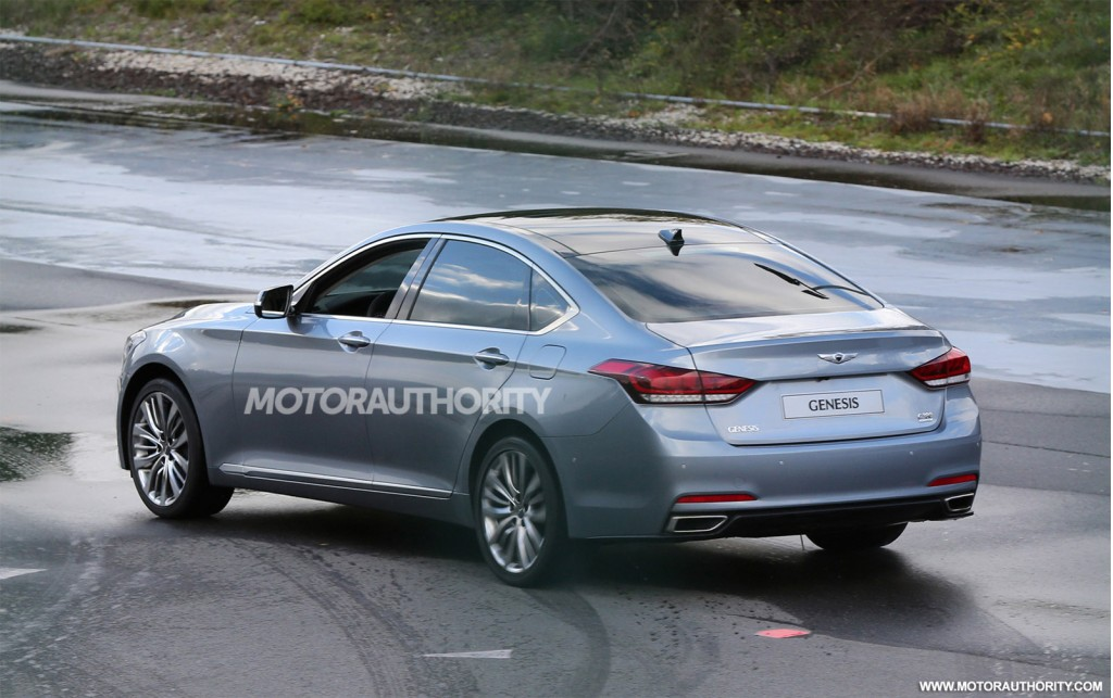 2015 Hyundai Genesis Completely Revealed In New Spy Shots