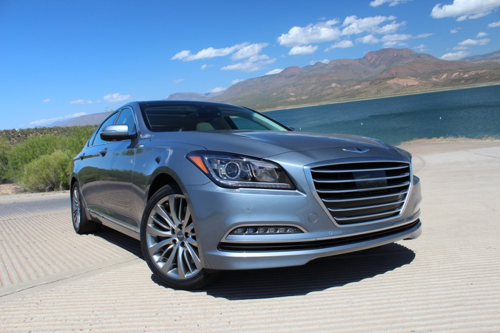 2015 hyundai genesis first drive. Black Bedroom Furniture Sets. Home Design Ideas