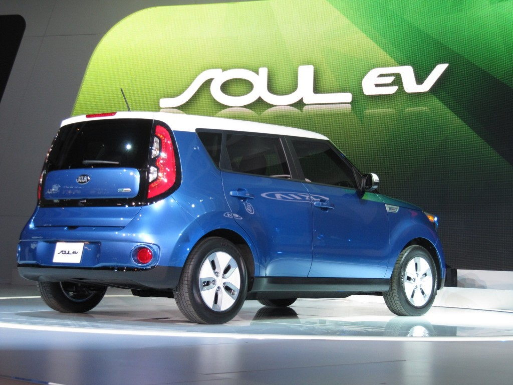 2015 kia soul ev details from execs who brought it to the u s. Black Bedroom Furniture Sets. Home Design Ideas
