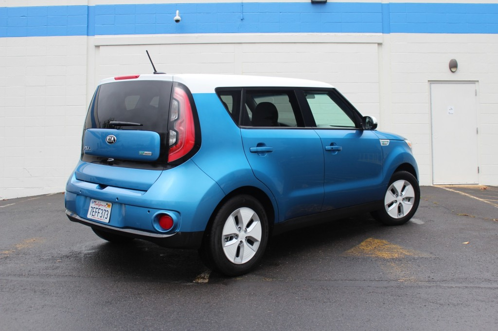 2015 kia soul ev first drive of newest electric car page 2. Black Bedroom Furniture Sets. Home Design Ideas