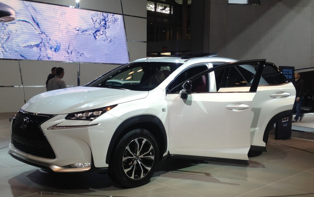 surprise ny auto show appearance new 2015 lexus nx crossover. Black Bedroom Furniture Sets. Home Design Ideas