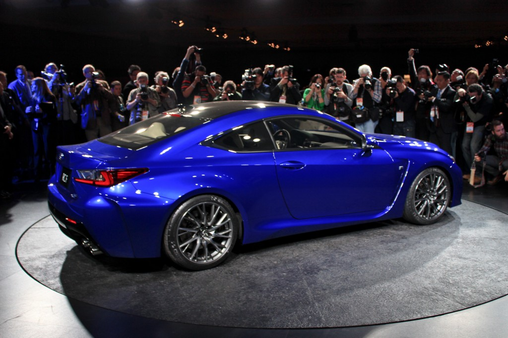 2015 lexus rc f coupe full details live photos and video from debut. Black Bedroom Furniture Sets. Home Design Ideas
