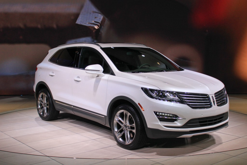 2015 lincoln mkc la auto show video and photos. Black Bedroom Furniture Sets. Home Design Ideas