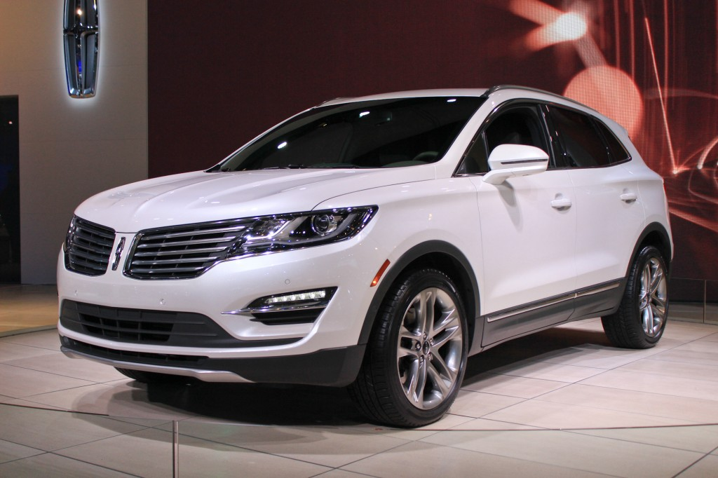 2015 lincoln mkc debuts at l a auto show live photos