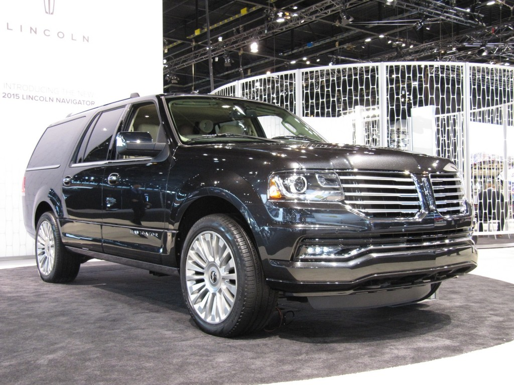 2015 Lincoln Town Car Styling Review