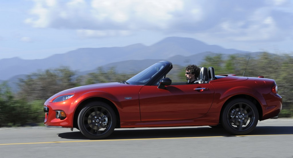 2015 mazda mx 5 miata 25th anniversary edition sells out in 10 minutes. Black Bedroom Furniture Sets. Home Design Ideas