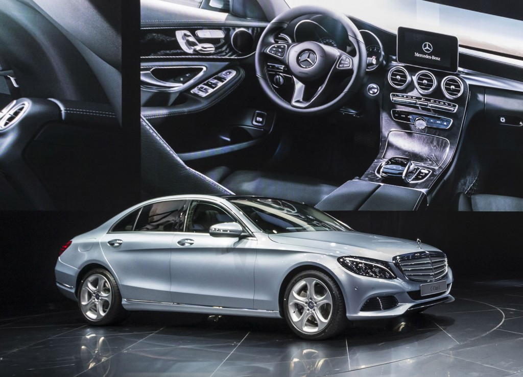 Are there cars that are 2018 models being sold in 2014 for Long mercedes benz
