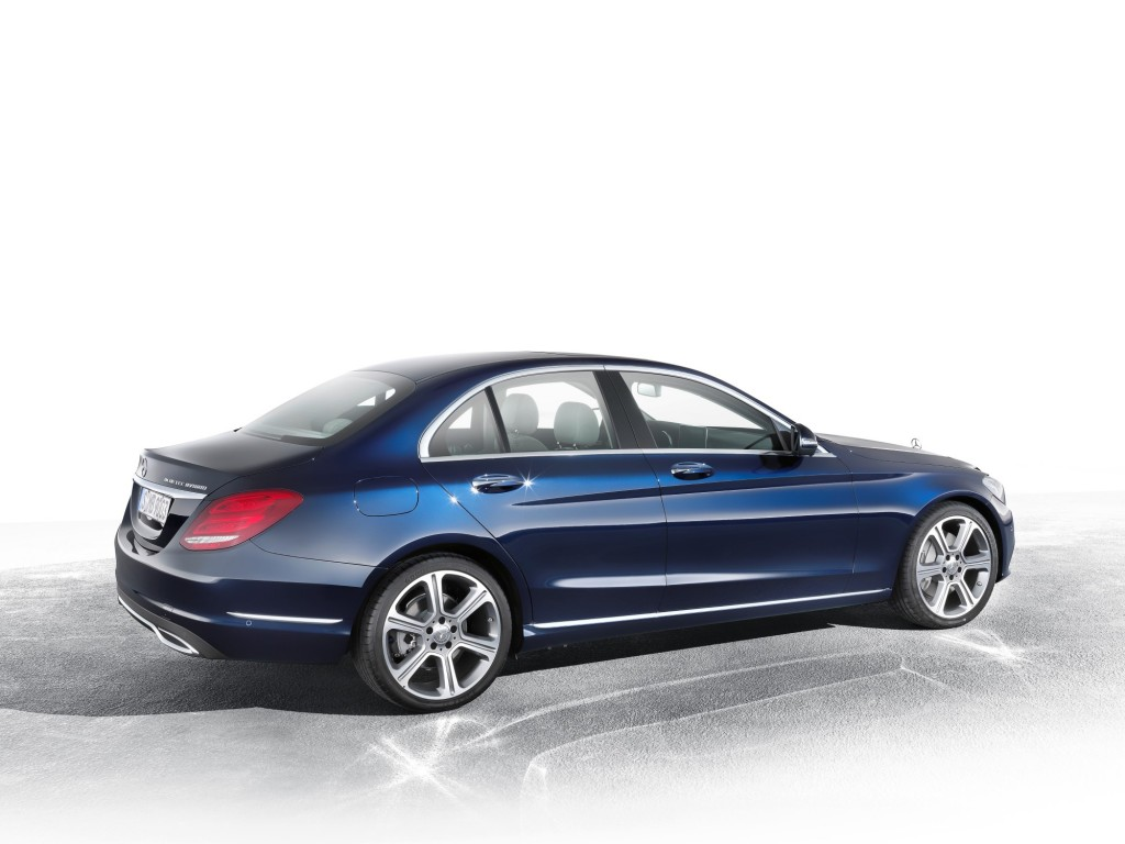 2015 mercedes benz c class enters production for Mercedes benz c class pictures