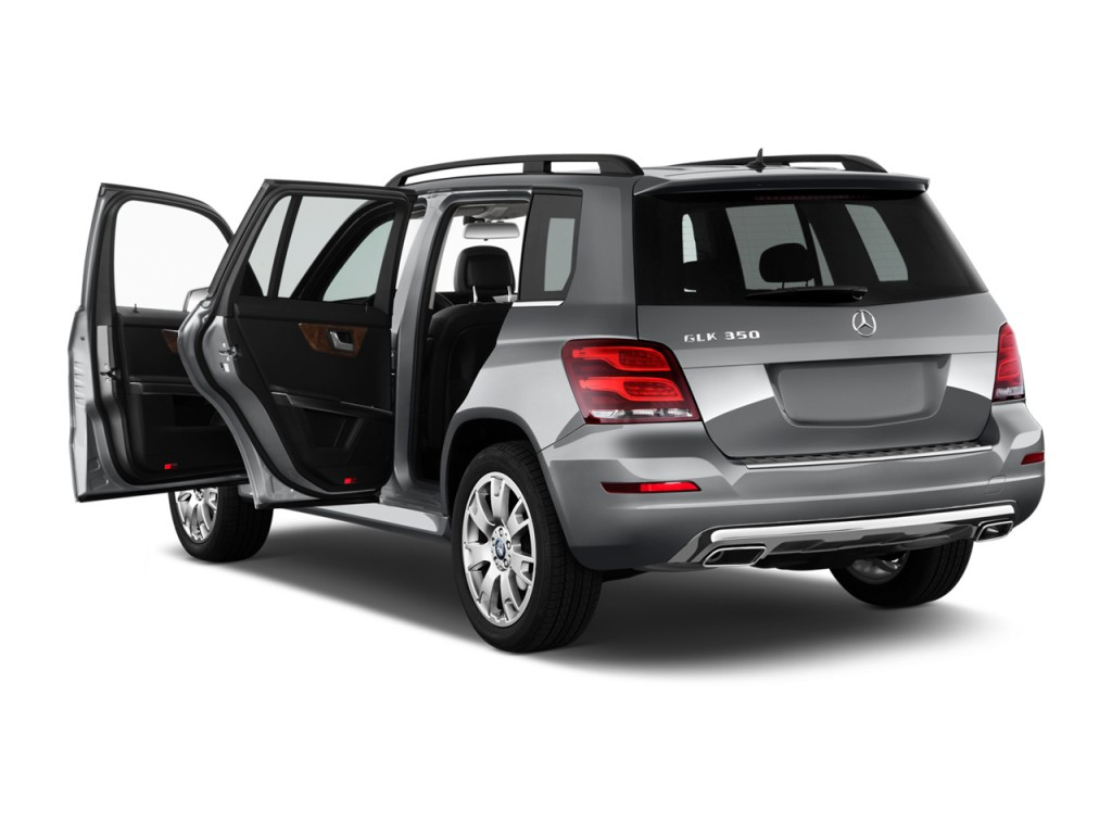 2015 mercedes benz glk class pictures photos gallery for Mercedes benz that looks like a jeep