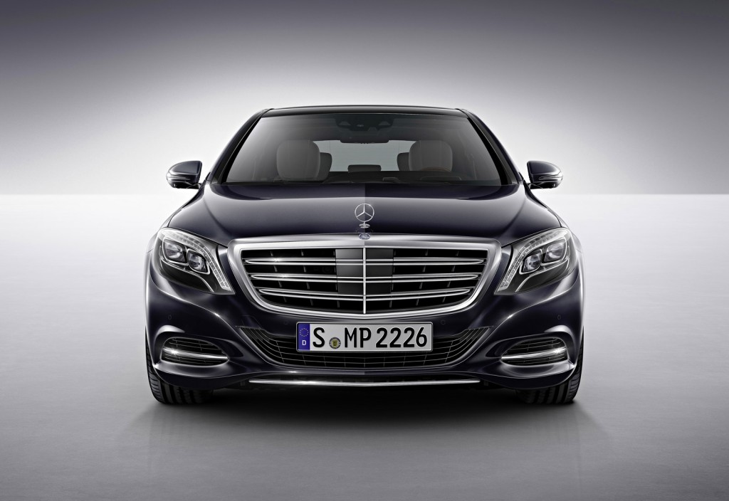 2015 mercedes benz s600 brings v 12 power to detroit for Mercedes benz s60