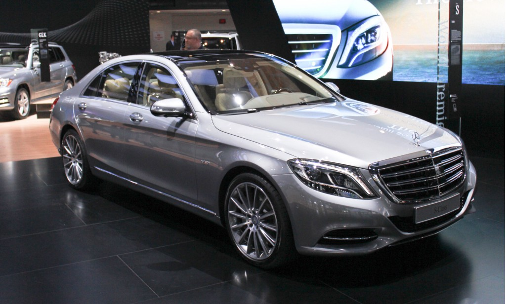 2015 mercedes benz s600 live photos 2014 detroit auto show. Black Bedroom Furniture Sets. Home Design Ideas