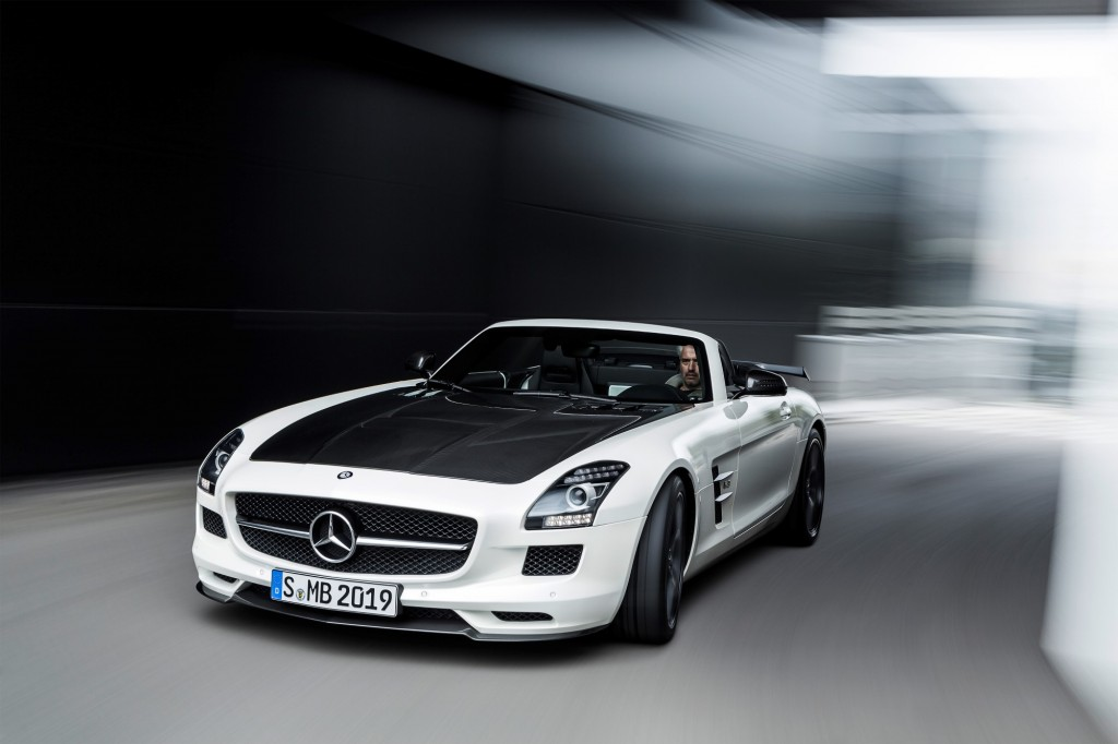 2015 mercedes benz sls amg gt pictures photos gallery the car connection. Black Bedroom Furniture Sets. Home Design Ideas
