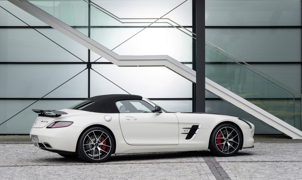 2015 mercedes benz sls amg gt pictures photos gallery green car reports. Black Bedroom Furniture Sets. Home Design Ideas
