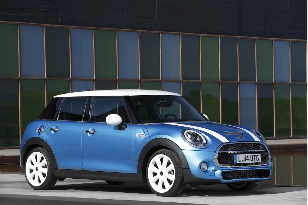2015 mini cooper 5 door preview. Black Bedroom Furniture Sets. Home Design Ideas