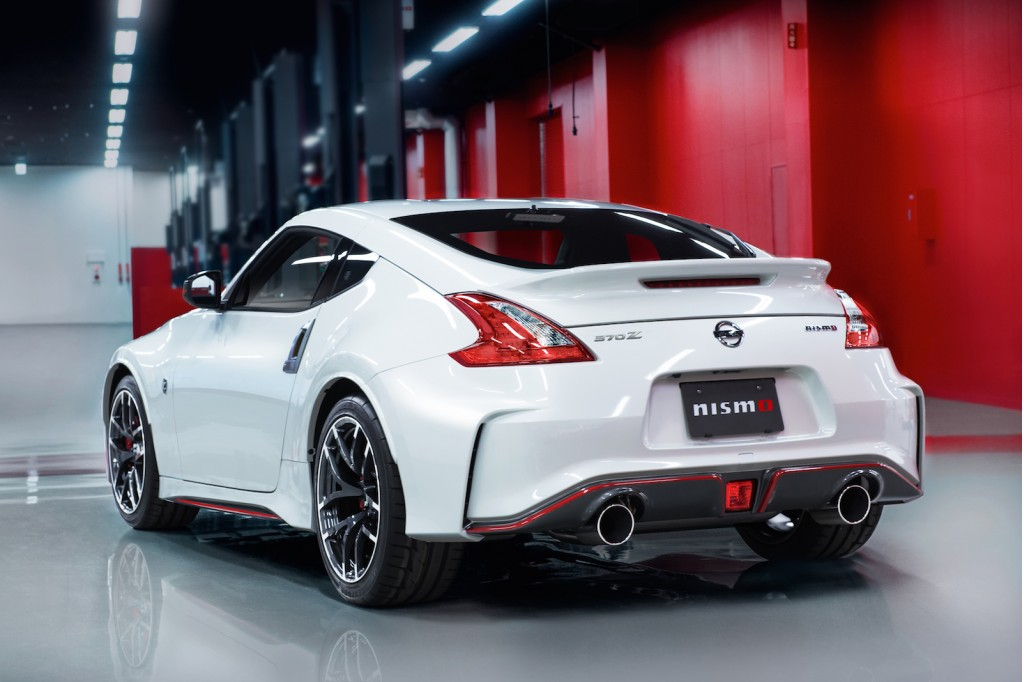 2015 nissan 370z nismo new look new equipment available automatic. Black Bedroom Furniture Sets. Home Design Ideas
