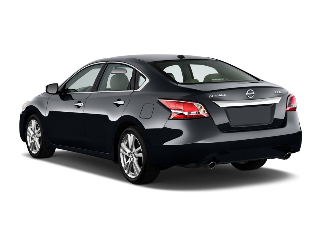 2015 nissan altima pictures photos gallery motorauthority. Black Bedroom Furniture Sets. Home Design Ideas