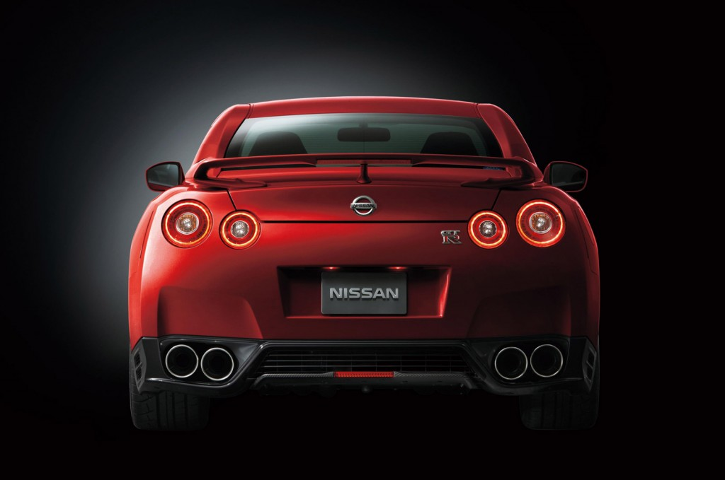2015 nissan gt r priced from 103 365. Black Bedroom Furniture Sets. Home Design Ideas