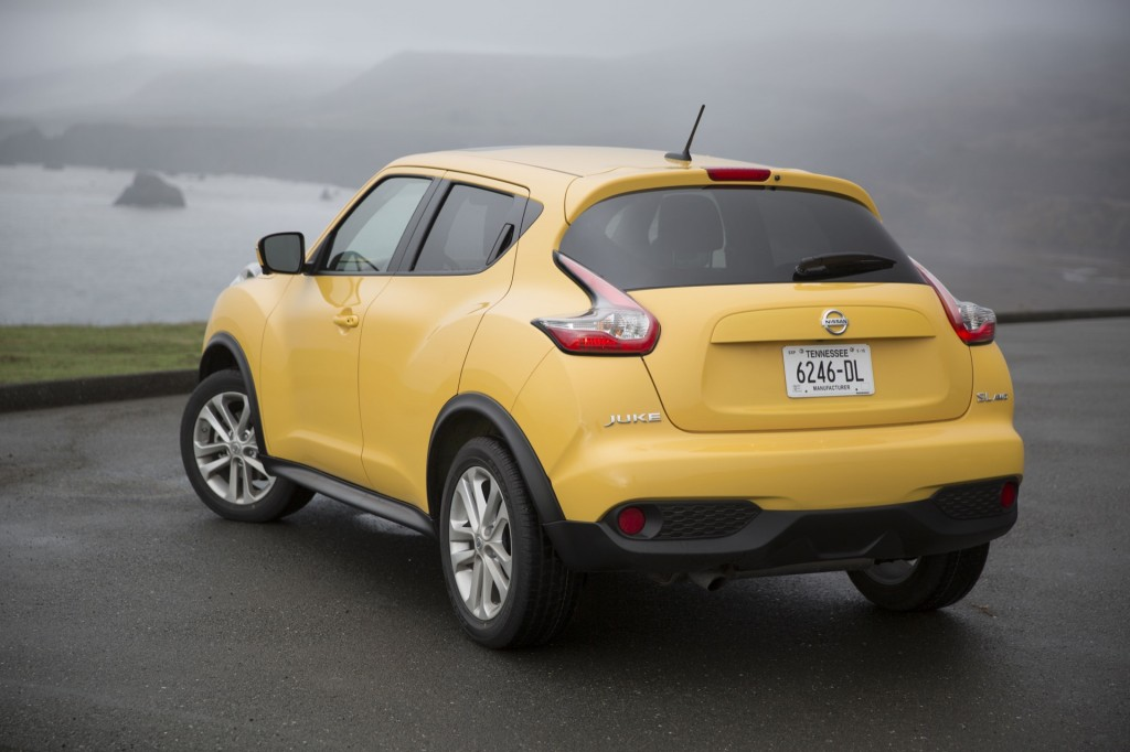 2015 nissan juke pictures photos gallery the car connection. Black Bedroom Furniture Sets. Home Design Ideas