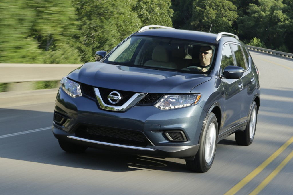 2015 nissan rogue pictures photos gallery the car connection. Black Bedroom Furniture Sets. Home Design Ideas