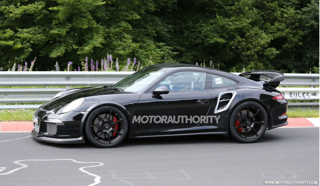 new 911 gt2 coming says porsche exec. Black Bedroom Furniture Sets. Home Design Ideas