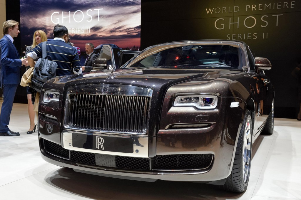 rolls royce ghost series ii unveiled in geneva live. Black Bedroom Furniture Sets. Home Design Ideas