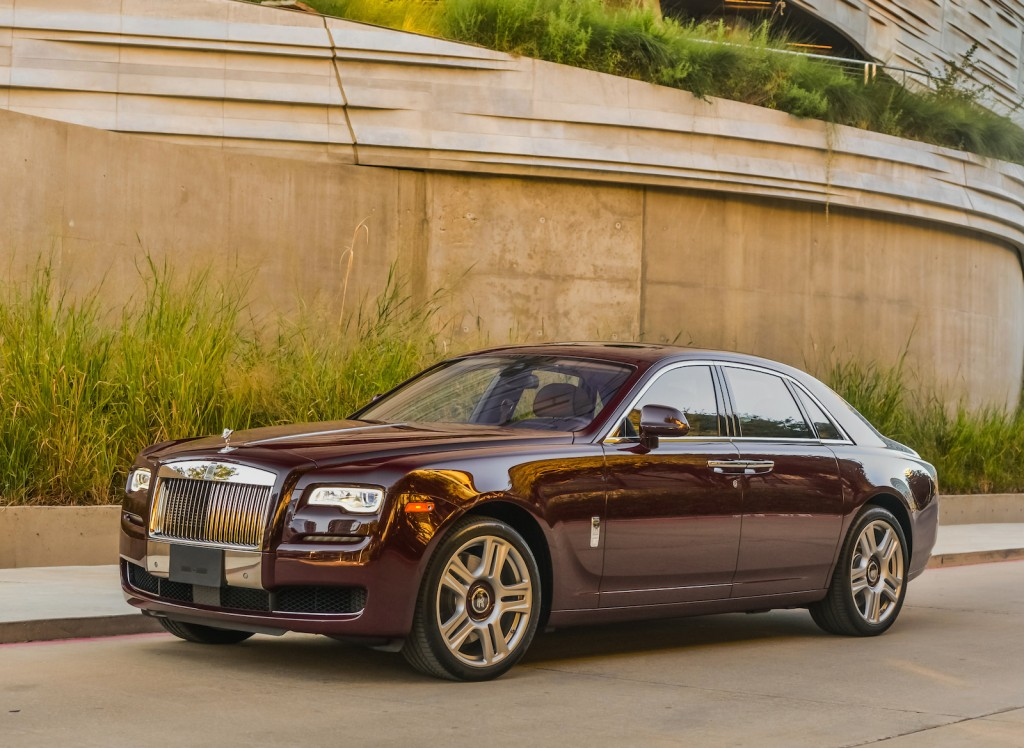 2015 rolls royce ghost series ii first drive photo by. Black Bedroom Furniture Sets. Home Design Ideas