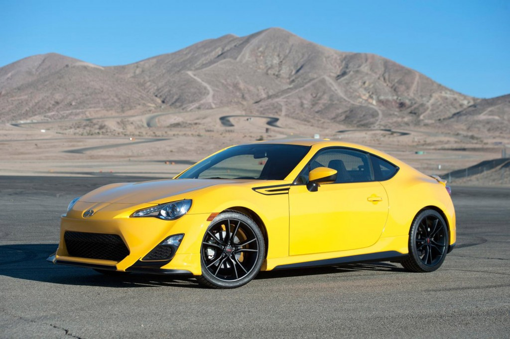 2015 scion fr s release series 1 0 priced from 30 760 video. Black Bedroom Furniture Sets. Home Design Ideas