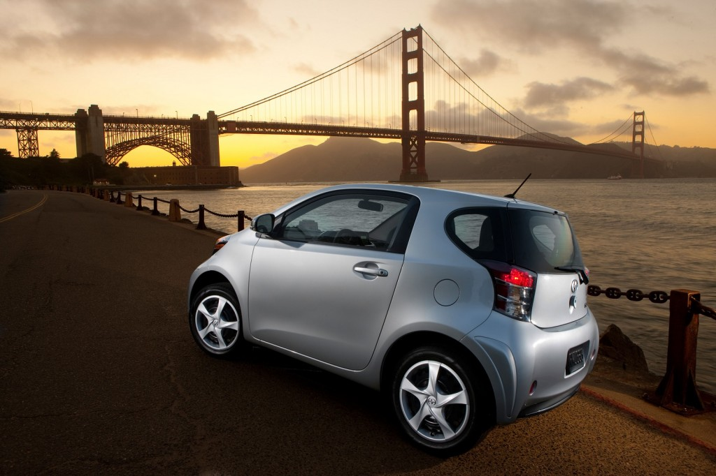 2015 scion iq pictures photos gallery the car connection. Black Bedroom Furniture Sets. Home Design Ideas