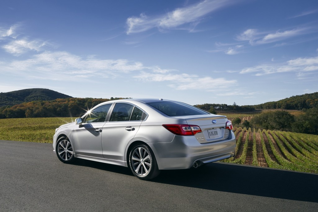 2015 subaru legacy debuts at 2014 chicago auto show live photos. Black Bedroom Furniture Sets. Home Design Ideas
