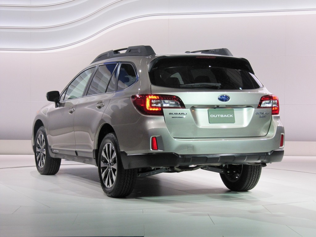 2015 Subaru Outback Video New York Auto Show