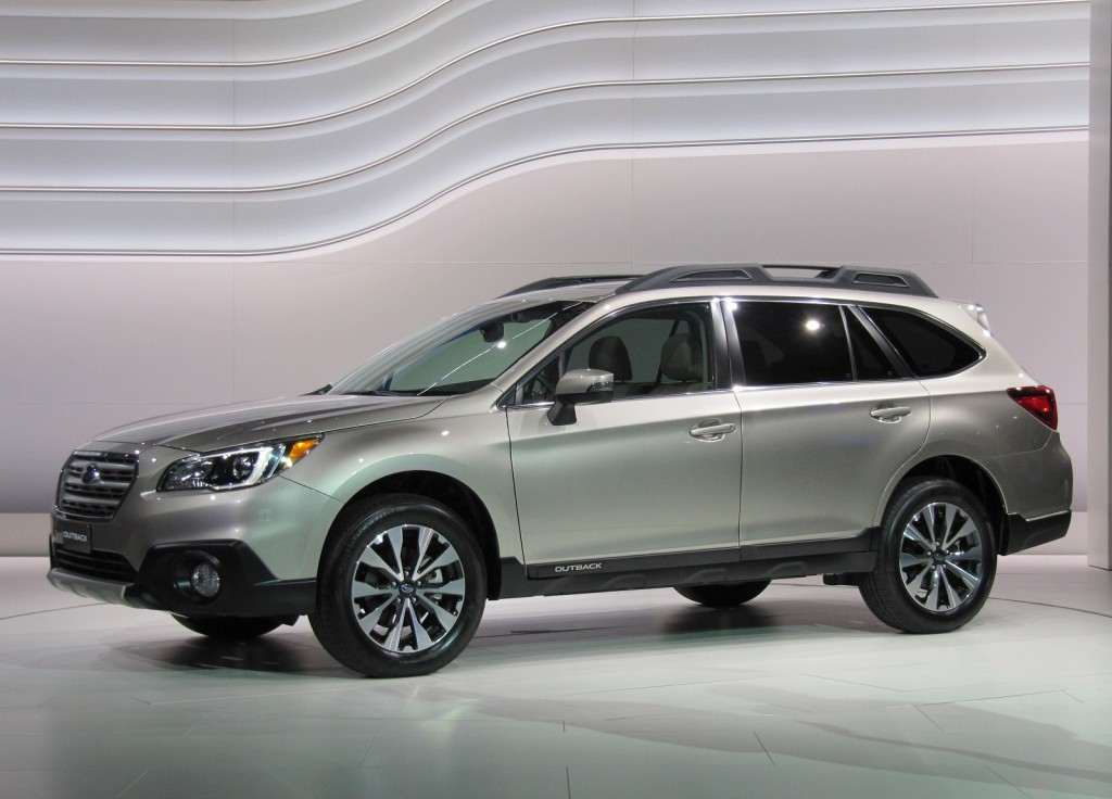 2015 subaru outback 2014 new york auto show live photos. Black Bedroom Furniture Sets. Home Design Ideas