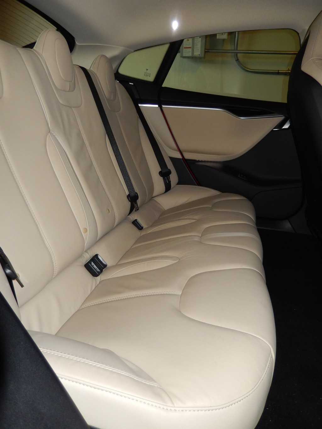 image 2013 tesla model s old rear seat design photo owner george parrott size 1024 x 1365. Black Bedroom Furniture Sets. Home Design Ideas