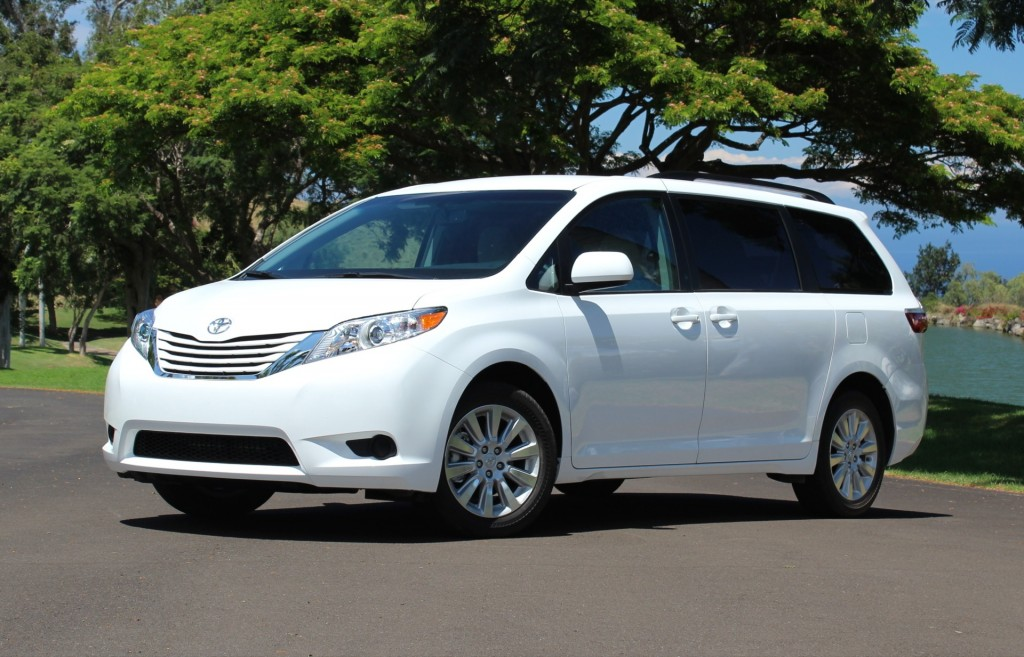 2015 toyota sienna pictures photos gallery motorauthority. Black Bedroom Furniture Sets. Home Design Ideas