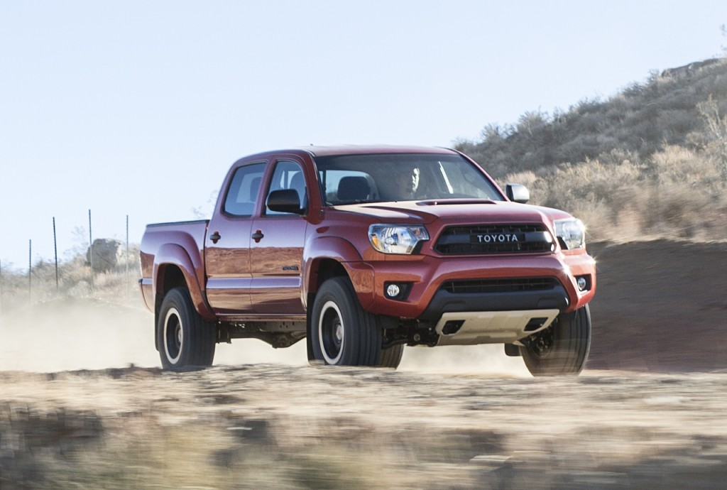 2015 toyota tacoma reviews pictures and prices us auto car specs. Black Bedroom Furniture Sets. Home Design Ideas