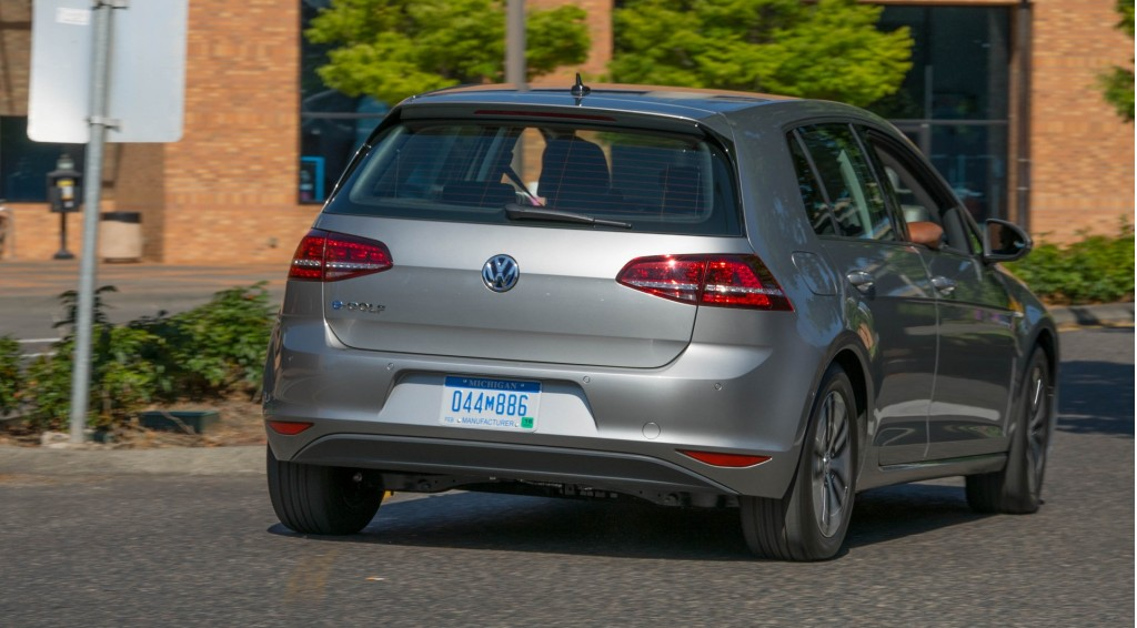 2015 volkswagen e golf priced at nearly twice the cost of gas version. Black Bedroom Furniture Sets. Home Design Ideas