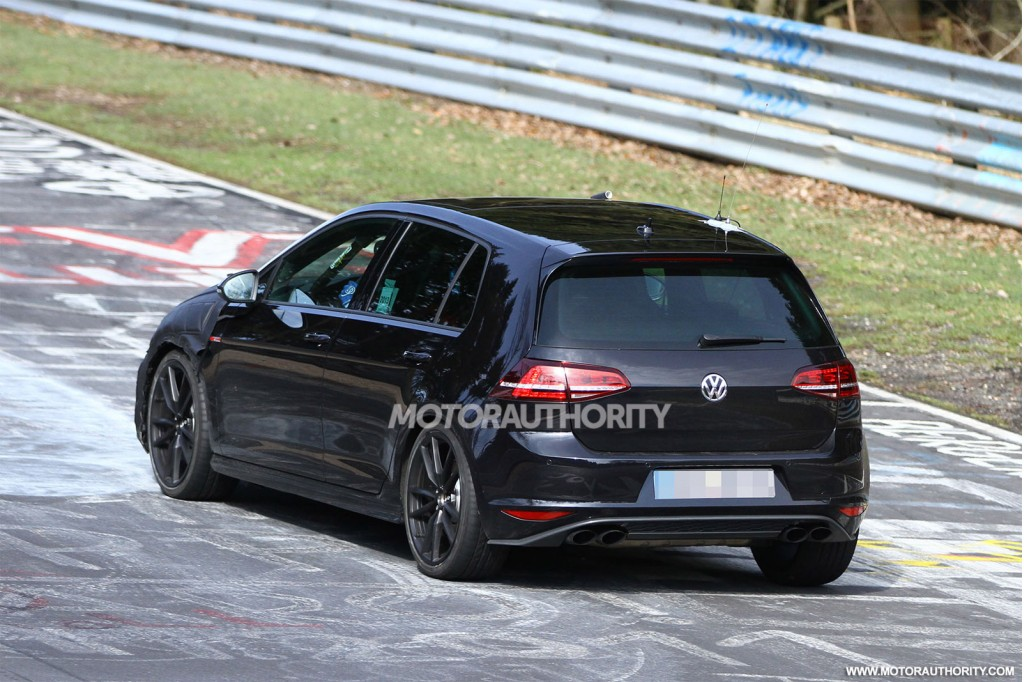 2015 volkswagen golf r spy shots. Black Bedroom Furniture Sets. Home Design Ideas