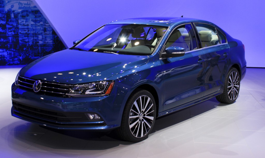 2015 vw jetta video new york auto show. Black Bedroom Furniture Sets. Home Design Ideas