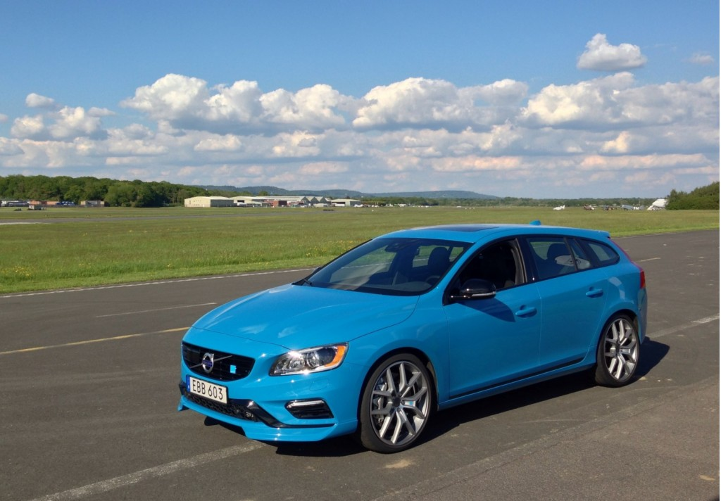 2015 volvo v60 polestar first drive. Black Bedroom Furniture Sets. Home Design Ideas