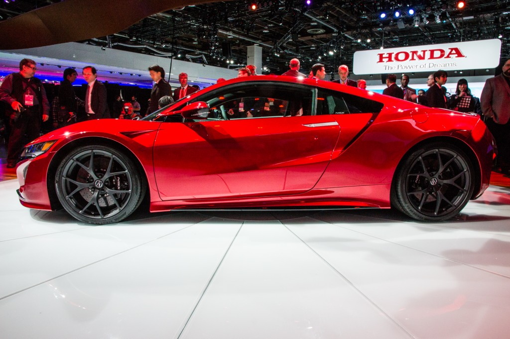 2016 acura nsx pictures photos gallery green car reports. Black Bedroom Furniture Sets. Home Design Ideas
