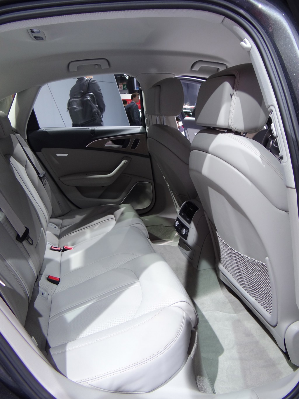 2016 Audi A6 3 0t Interior: 2016 Audi A6 And S6: Full Details, Live Photos And Video