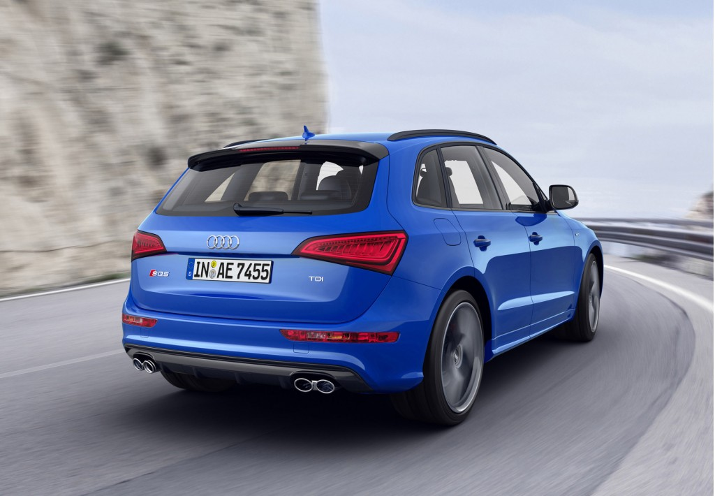 audi ups power on sq5 tdi with plus trim forbidden fruit. Black Bedroom Furniture Sets. Home Design Ideas