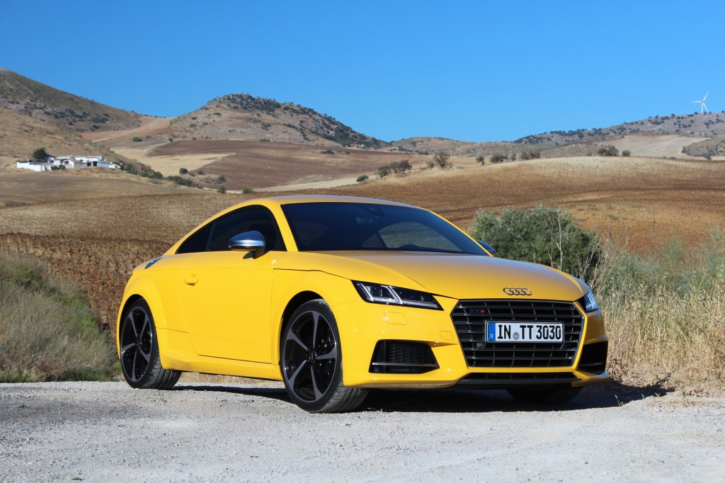 2016 audi tt tts first drive. Black Bedroom Furniture Sets. Home Design Ideas