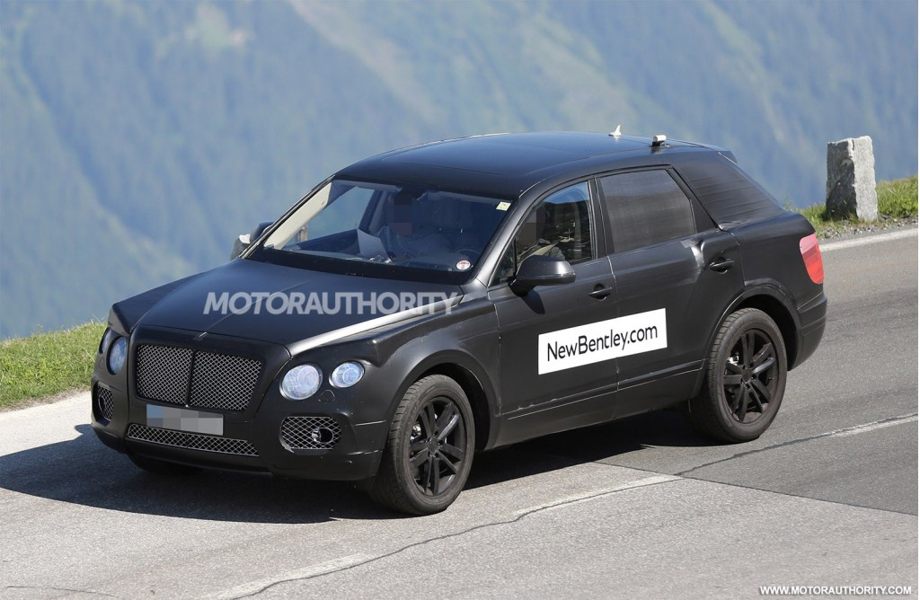 2016 bentley bentayga suv spy shots. Black Bedroom Furniture Sets. Home Design Ideas