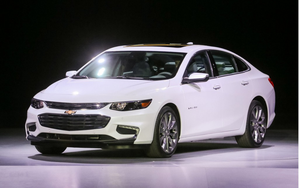 2016 chevrolet malibu more tech more space less weight. Black Bedroom Furniture Sets. Home Design Ideas