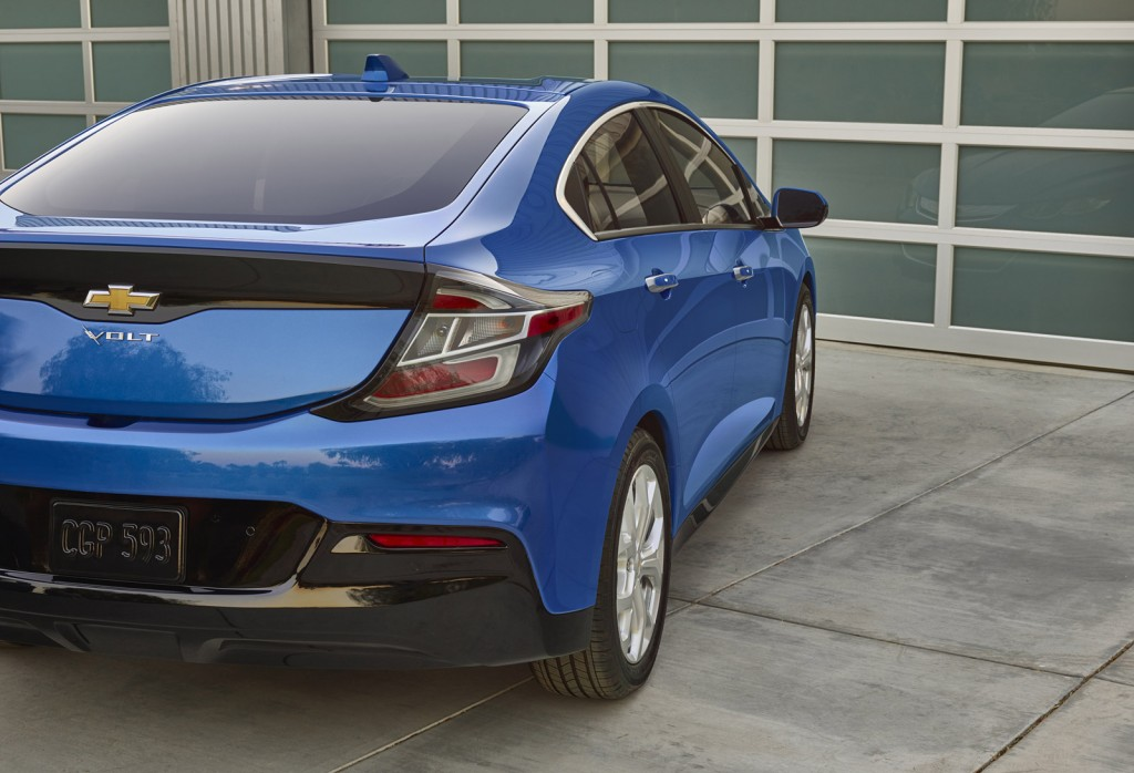 2016 chevrolet volt 50 mile range 41 mpg five seats all new photos. Black Bedroom Furniture Sets. Home Design Ideas