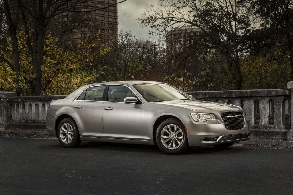 2016 chrysler 300 gets 90th anniversary edition. Black Bedroom Furniture Sets. Home Design Ideas
