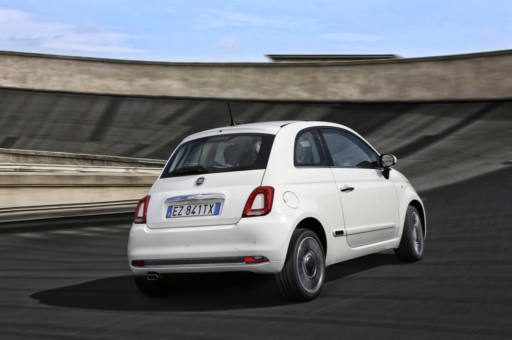2016 fiat 500 revealed with revised styling more tech. Black Bedroom Furniture Sets. Home Design Ideas
