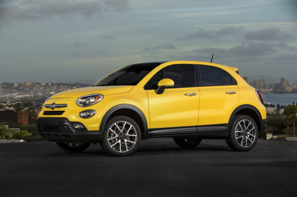 2016 fiat 500x first drive video. Black Bedroom Furniture Sets. Home Design Ideas