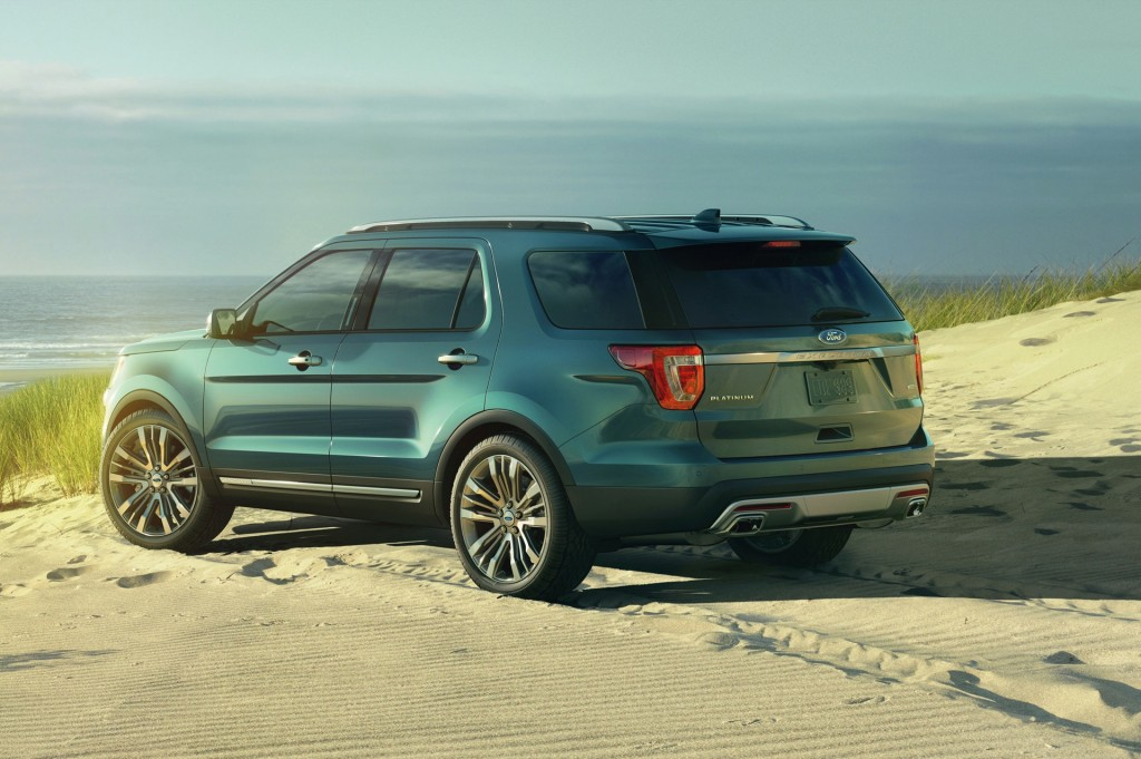 2016 ford explorer pictures photos gallery green car reports